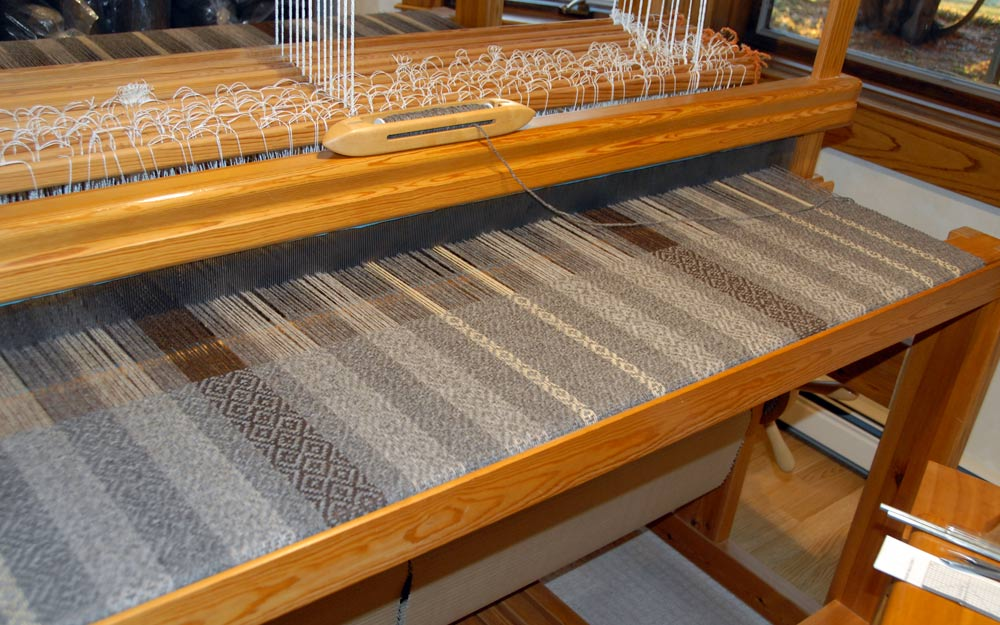 Overal view of the blanket on the loom